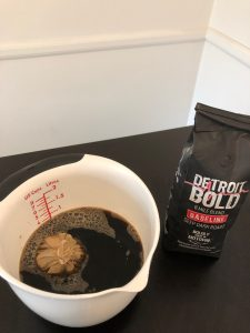 How to make iced coffee at home from hot coffee: place Detroit style coffee bag into container