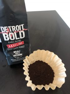 use a coffee filter to make a Detroit-Style coffee bag